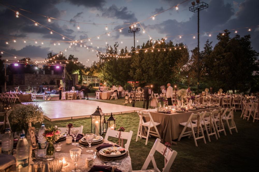Dreamy romantic weddings in garden in Turkey