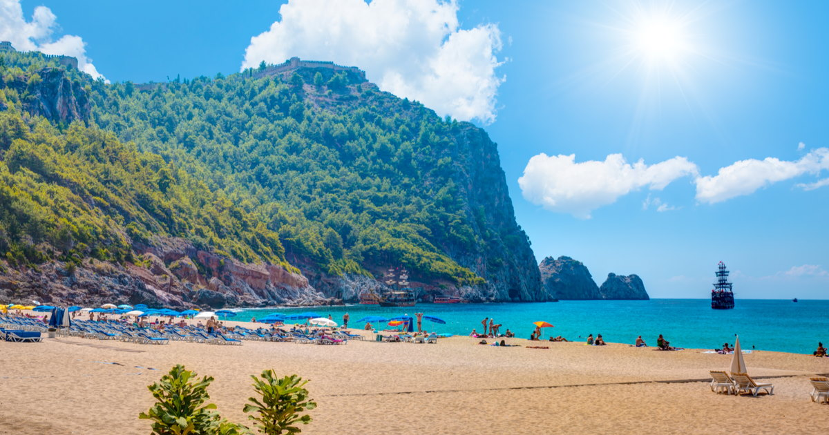 Guide to Cleopatra Beach in Alanya in Turkey