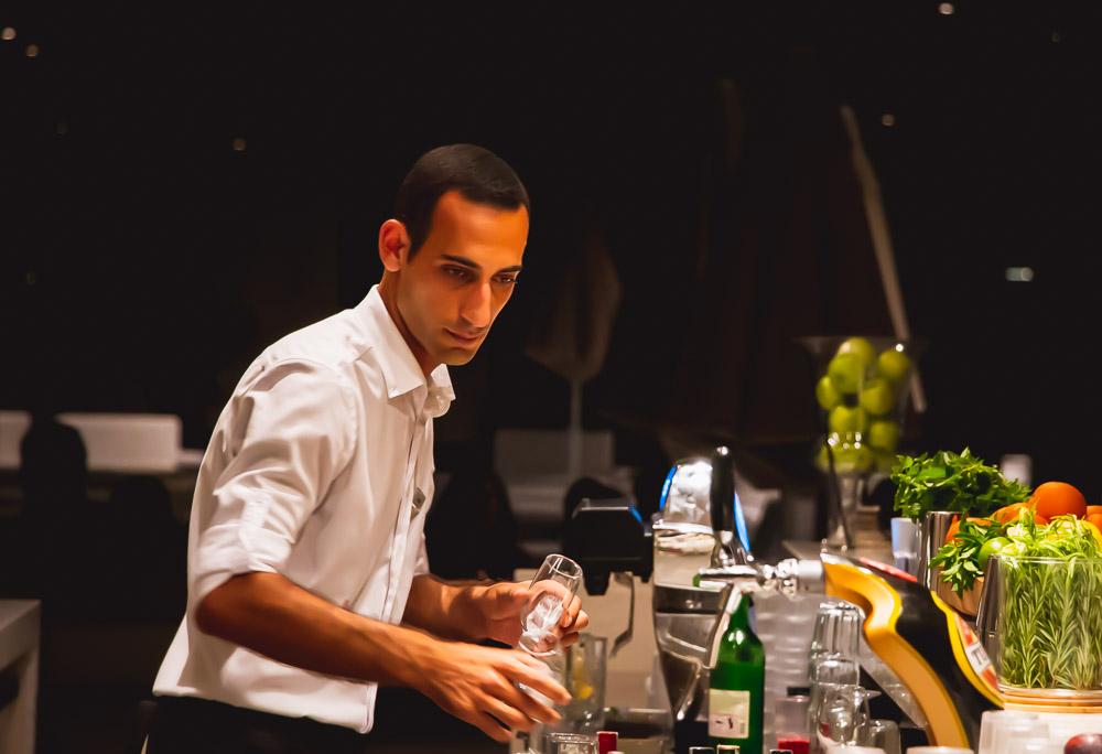 Barkeeper in Antalya in Turkey by Thomas