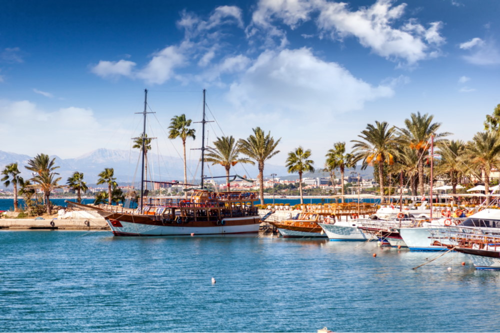 Boat Tours from the Harbour in Antalya in Turkey