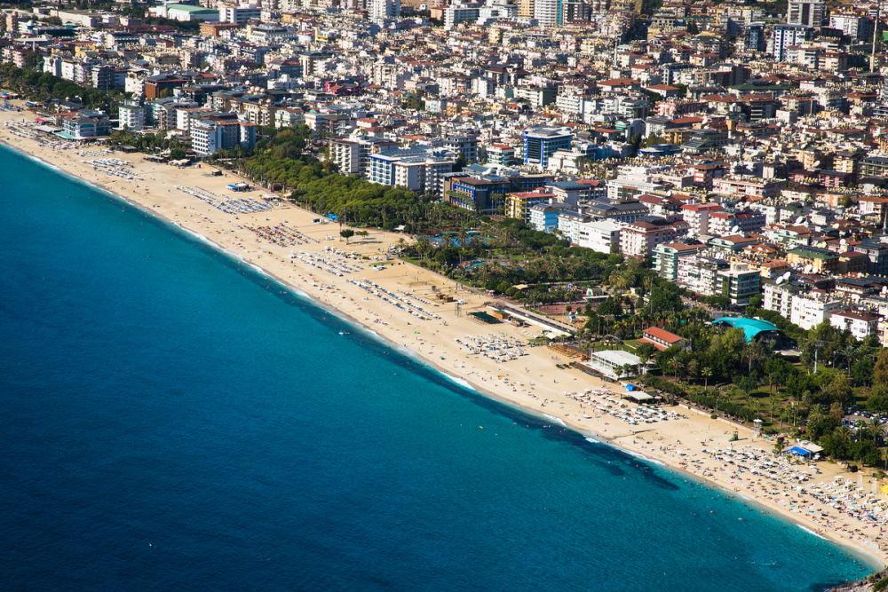 Hotels around Damlataş Beach in Antalya in Turkey
