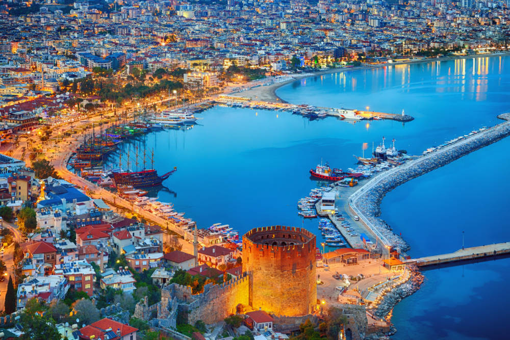 Nightlife at the Harbour in Alanya in Turkey