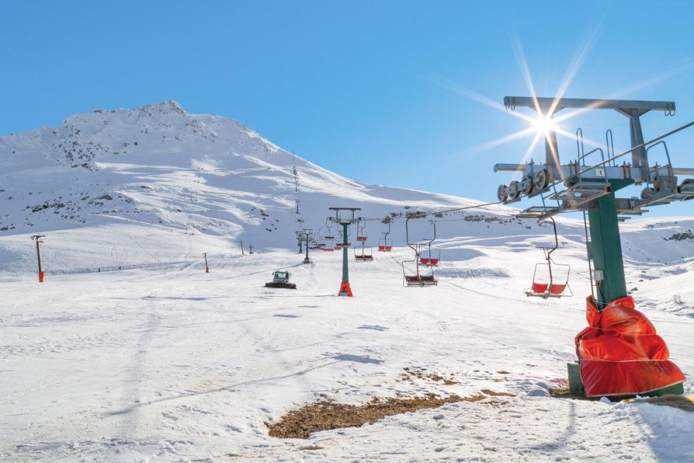 Skiing in Saklikent in Antalya in Turkey